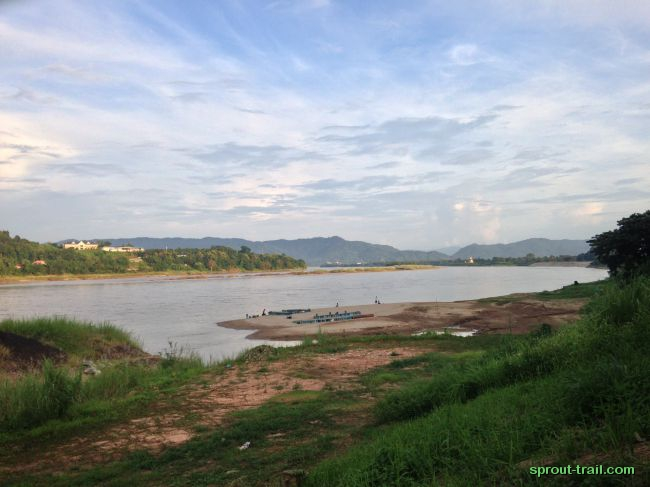 Across the Mekong and back towards Laos